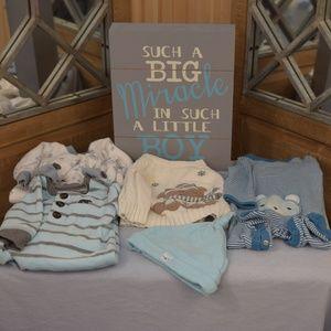 Baby Boy 0-3 month winter 7 piece clothes bundle